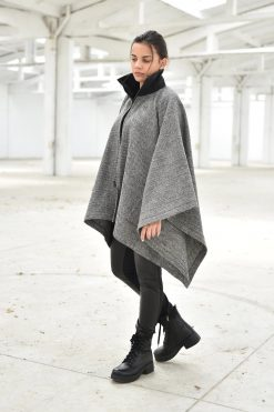 Winter Cardigan, Women Poncho Cape, Wool Cardigan, Warm Cardigan, Plus Size Clothing, Gray Cardigan, Cape Cardigan, Poncho Cardigan, Long
