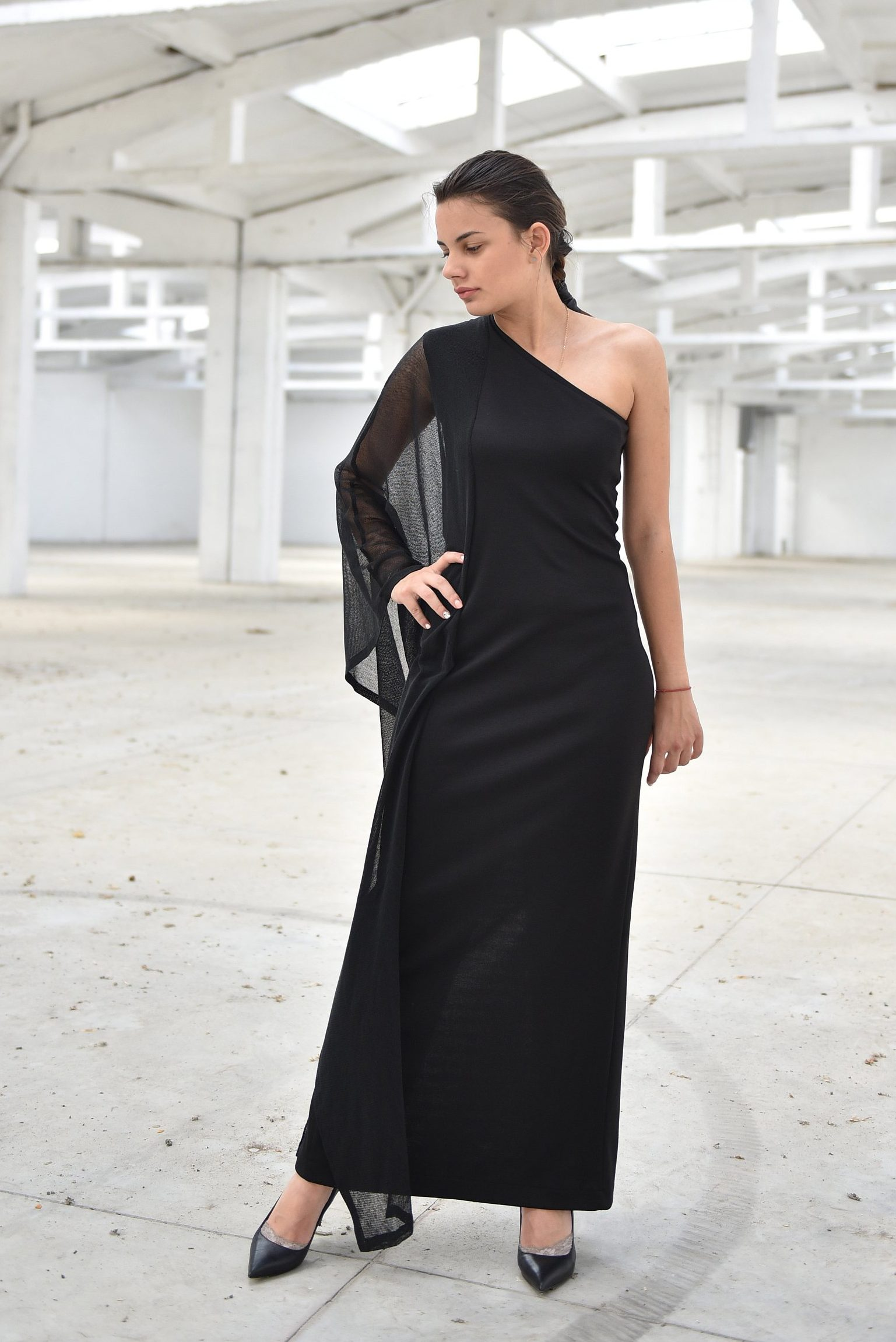 Maxi Dress With Transparent Sleeve