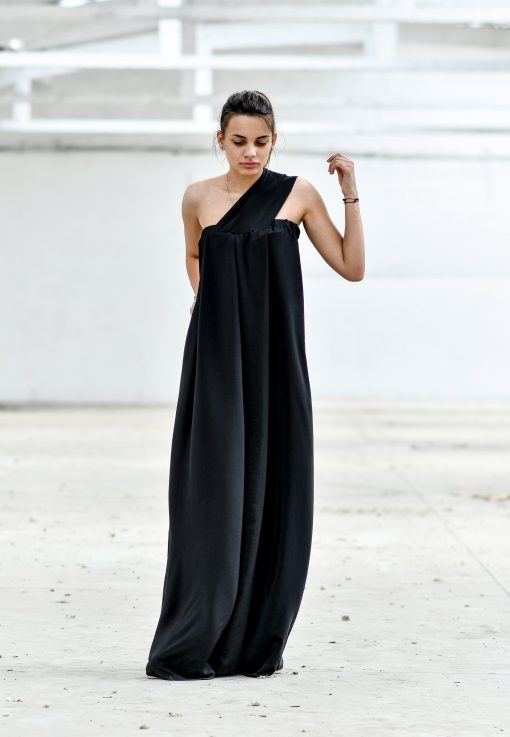 Black Maxi Dress, Plus Size Maxi Dress, Plus Size Clothing, Silk Dress, Cocktail Dress, Long Maxi Dress, Formal Dress, Oversized Dress