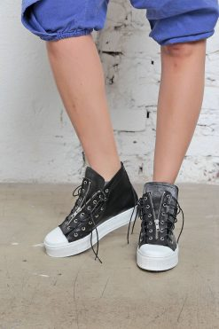 Extravagant Shoes, Genuine Leather Shoes, Steampunk Shoes, Womens Sneakers, Gothic Shoes, Black Flats, Urban Sneakers, Sport Sneakers, Flats