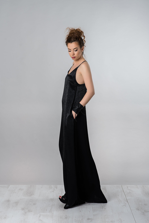 Maxi Dress With V-neck