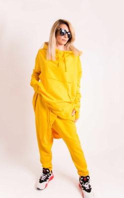 Set - Hooded Sweatshirt And Pants