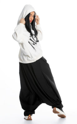 Loose Pants (1)